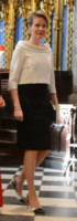 Mathilde  del Belgio - Londra - 13-03-2014 - Camicia bianca e gonna nera: un look… evergreen!