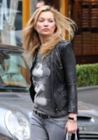 Kate Moss - Londra - 26-03-2011 - Le celebrity, tutte pazze per Walt Disney!