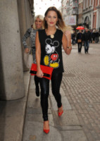 Billie Faiers, Sam - Londra - 06-12-2013 - Le celebrity, tutte pazze per Walt Disney!