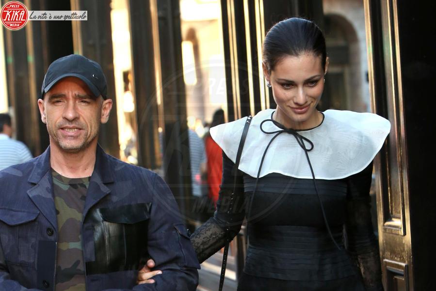 Marica Pellegrinelli, Eros Ramazzotti - Parigi - 25-06-2014 - Luna di miele parigina per Eros e Marica Ramazzotti