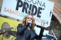 Alexia - Bologna - 28-06-2014 - Arriva l'onda arcobaleno: il pride nelle città del mondo