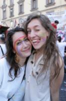 Gay Pride - Napoli - 28-06-2014 - Arriva l'onda arcobaleno: il pride nelle città del mondo
