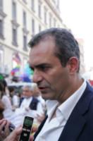 Luigi De Magistris - Napoli - 28-06-2014 - Arriva l'onda arcobaleno: il pride nelle città del mondo
