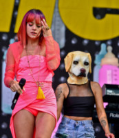 Lily Allen - Glastonbury - 27-06-2014 - Glastonbury: Cressida Bonas, da principessa a punk-girl