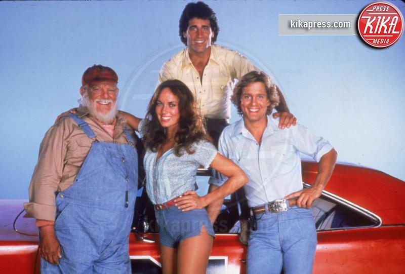 Barbara Bach, John Schneider, Tom Wopat - 08-07-2014 - Con gli shorts di jeans, siamo tutte Daisy Duke!