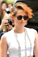 Kristen Stewart - Parigi - 08-07-2014 - Quando le celebrity ci danno un taglio… ai capelli!