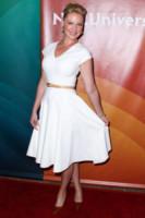 Katherine Heigl - Los Angeles - 13-07-2014 - Non solo LBD: oggi il tubino è anche bianco!