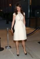 Helena Christensen - New York - 12-04-2014 - Non solo LBD: oggi il tubino è anche bianco!