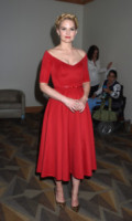 Jennifer Morrison - San Diego - 26-07-2014 - Natale 2014: ritorna il rosso, di sera e anche di giorno