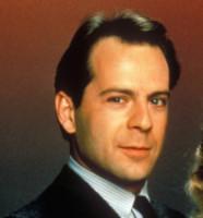 Bruce Willis - 16-12-1985 - Da Jovanotti a Vaporidis, (s)pelato è bello!