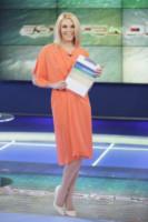 Eleonora Daniele - Roma - 07-07-2014 - Giallo e arancione, colori del sole e dell'estate!