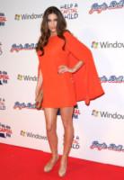 Lisa Snowdon - Londra - 03-12-2011 - Giallo e arancione, colori del sole e dell'estate!
