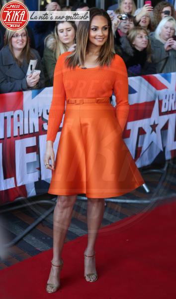 Alesha Dixon - Birmingham - 02-02-2014 - Giallo e arancione, colori del sole e dell'estate!