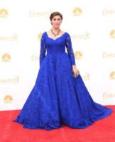 Mayim Bialik - Los Angeles - 26-08-2014 - Emmy Awards 2014:lo strascico, il classico che non tradisce mai