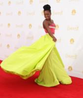 Teyonah Parris - Los Angeles - 25-08-2014 - Emmy Awards 2014:lo strascico, il classico che non tradisce mai