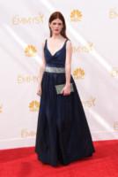Rose Leslie - Los Angeles - 25-08-2014 - Emmy Awards 2014:lo strascico, il classico che non tradisce mai