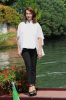 Violante Placido - Venezia - 05-09-2014 - Questo autunno copriamoci, ma sveliamo le caviglie