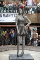View, Janis Winehouse, Mitch Winehouse, Barbara Windsor - Londra - 14-09-2014 - Tutti i personaggi che si sono meritati una statua