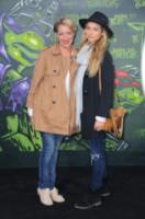 Jessica van Heteren, Sanny van Heteren - Berlino - 05-10-2014 - Megan Fox: una femme fatale in nero per le Tartarughe Ninja