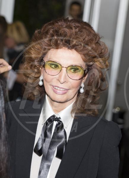 Sophia Loren - Milano - 05-10-2014 - Meglio due o… quattrocchi? A voi l'ardua sentenza!