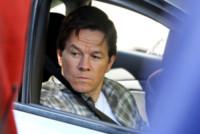 Mark Wahlberg - New York - 06-10-2014 - Amanda Seyfried al volante con un orsetto molesto!
