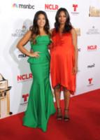 Gina Rodriguez, Zoe Saldana - Pasadena - 10-10-2014 - Pancione in vista per la bellissima Zoe Saldana