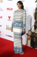 Mia Maestro - Los Angeles - 10-10-2014 - Pancione in vista per la bellissima Zoe Saldana