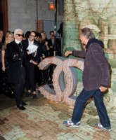 Karl Lagerfeld - New York - 13-10-2014 - Chanel N.5: Gisele Bundchen sulla scia di Marilyn