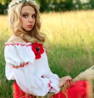 Miss Nazi 2014 - Mosca - 19-10-2014 - Cosa si è disposti a fare per diventare miss? Adorare Hitler!