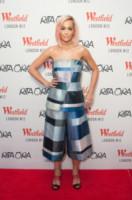 Rita Ora - Londra - 03-11-2014 - Specchio delle mie brame… non ti interrogo, ti indosso!