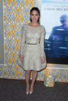 Olivia Munn - Los Angeles - 04-11-2014 - L'abito della bella stagione? Il corolla dress, sexy e bon ton!