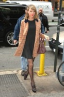 Taylor Swift - New York - 12-11-2014 - L'inverno porta in dote i colori neutrali, come il beige