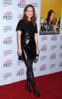 Julianne Moore - Hollywood - 12-11-2014 - Julianne Moore, estro e fantasia sul red carpet