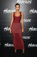 Irina Shayk - Hollywood - 23-07-2014 - Le celebrity? Tutte pazze per il bordeaux…
