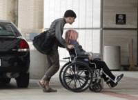 AJ Aniston - Los Angeles - 05-12-2014 - Jennifer Aniston, tuo fratello e tuo nipote hanno bisogno di te