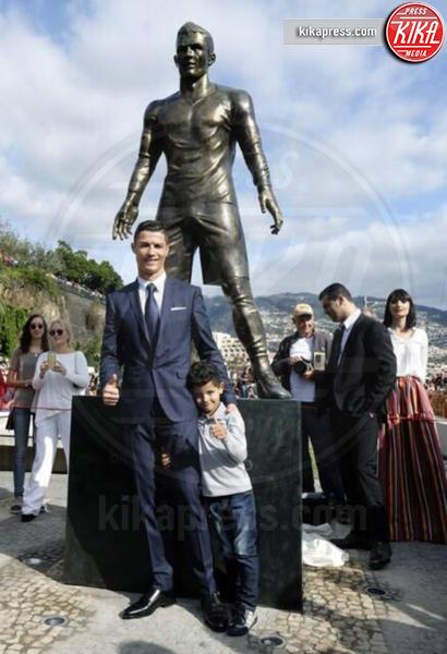 Cristiano Ronaldo jr., Cristiano Ronaldo - Madera - 22-12-2014 - Tutti i personaggi che si sono meritati una statua