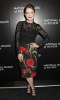 Julianne Moore - New York - 06-01-2015 - Julianne Moore, estro e fantasia sul red carpet
