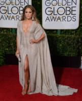 Jennifer Lopez - Beverly Hills - 11-01-2015 - Golden Globe 2015: argento vivo sul red carpet