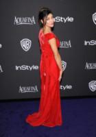 Jessica Szohr - Beverly Hills - 11-01-2015 - Golden Globes 2015: Vade retro abito!