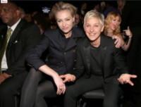 Photobombing, Kelly Clarkson, Ellen DeGeneres, Portia De Rossi - 23-01-2015 - Ha ragione Shalpy: l'Italia è pronta per le unioni gay