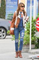 Alessandra Ambrosio - Los Angeles - 30-01-2015 - Ecco le celebrity che fanno uno strappo alla regola… dei jeans