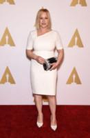 Patricia Arquette - Beverly Hills - 03-02-2015 - Non solo LBD: oggi il tubino è anche bianco!