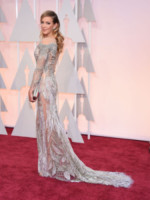 Katie Cassidy - Hollywood - 22-02-2015 - Oscar 2015: il red carpet si fa sexy!