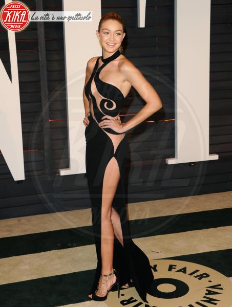 Gigi Hadid - West Hollywood - 22-02-2015 - Oscar 2015: il red carpet si fa sexy!