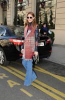 Olivia Palermo - Parigi - 06-03-2015 - Corsi e ricorsi fashion: dagli anni '70 ecco i pantaloni a zampa