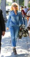 Gwen Stefani - Beverly Hills - 25-03-2015 - Il migliore abbinamento per il jeans? Altro jeans