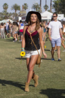 Lea Michele - New Orleans - 11-04-2015 - Coachella 2015, macchina del tempo fashion in stile hippie