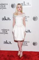 Dakota Fanning - New York - 18-04-2015 - In primavera ed estate, le celebrity vanno in bianco!