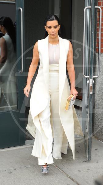 Kim Kardashian - New York - 24-04-2015 - In primavera ed estate, le celebrity vanno in bianco!