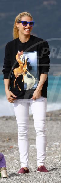 Sole Trussardi, Michelle Hunziker - Varigotti - 30-03-2015 - Michelle Hunziker e Lily Collins: chi lo indossa meglio?